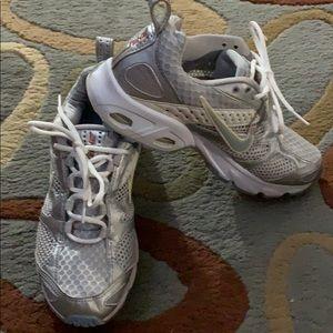 Nike Zoom Air sneakers
